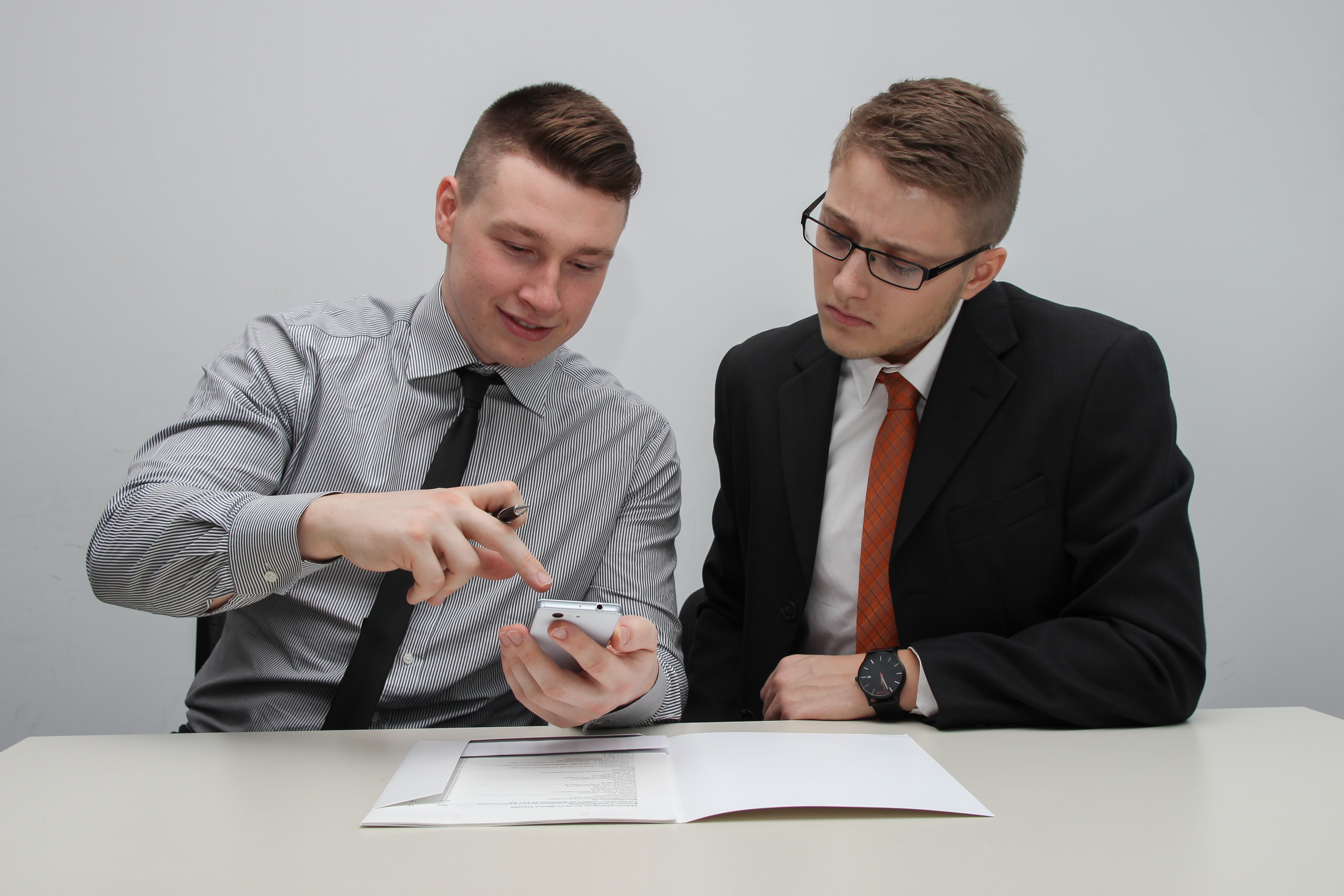 two-man-verifying